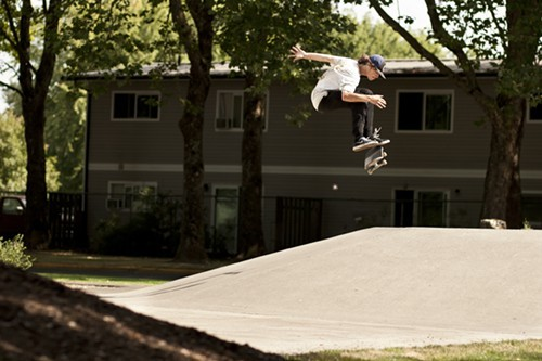 Alex_Kickflip_ForestGrove_Session8Day5.jpg