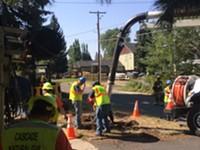 Crews Working to Fix Gas Leak on Riverside Boulevard