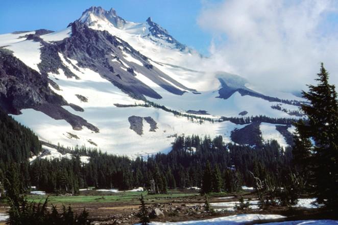 Mount Jefferson Wilderness Area - WIKIMEDIA COMMONS
