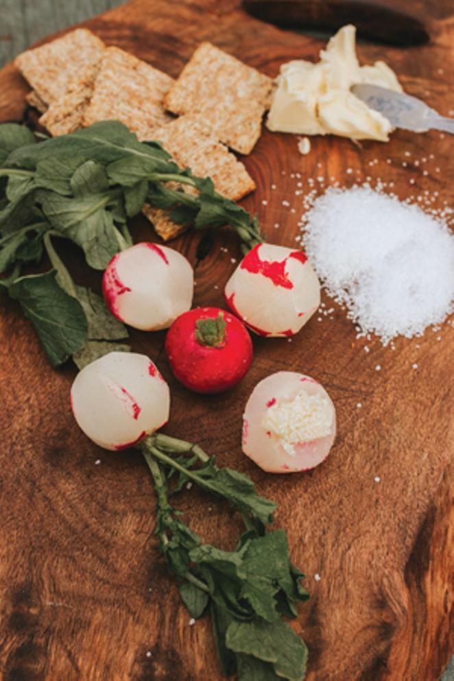 Fresh radishes from the garden. - TAMBI LANE PHOTOGRAPHY