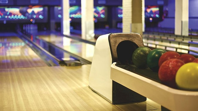 Deschutes County made the cut and entered into Phase Two of reopening on Friday afternoon. Churches can now welcome 50 people or fewer and bowling alleys can open. - PXFUEL