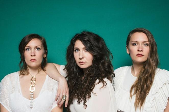 Natalie Closner, center, and her younger sisters Allison and Meegan make up the trio Joseph. - EBRU YILDIZ