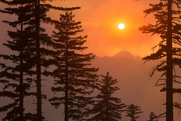A smoke sunset in the Klamath National Forest. - FLICKR/U.S. FOREST SERVICE