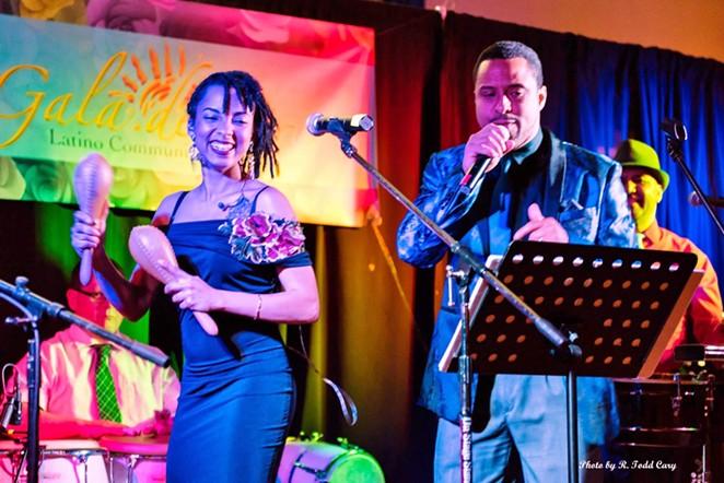 Dian y los Rumberos perform in 2018