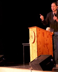 Senator Ron Wyden talks to the crowd at his town hall in Sisters Monday, Feb. 20. Wyden visited the Source Weekly on Wednesday.