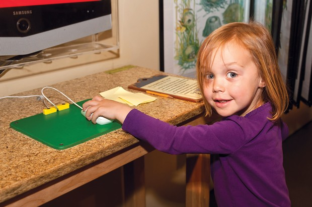 Preschoolers love the Backpack Explorers class at the High Desert Museum. - SUBMITTED