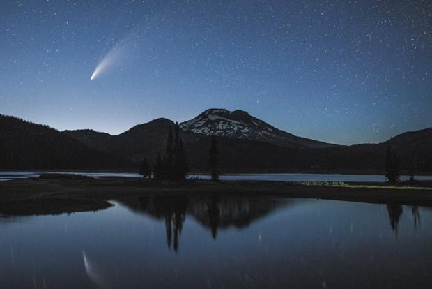 Neowise comet night - ANGELA BOHLKE