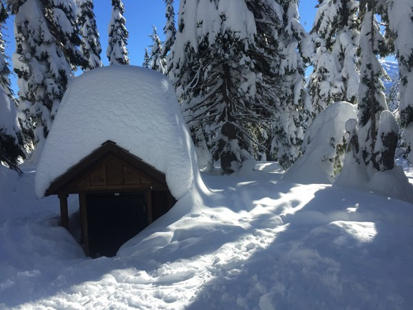The Cascades wilderness continues to get buried under feet of fresh snow.