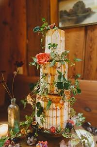Foxtail Bakery's naked cake.