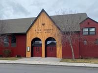 High Desert Music Hall Offers Indoor Music for Redmond