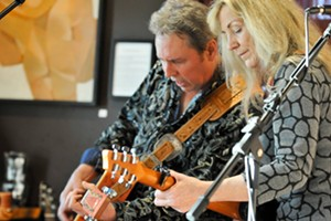 Live at the Vineyard: Dave & Melody - Advance Ticket Purchase Required