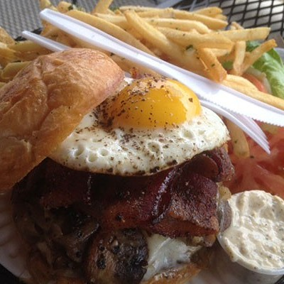5 Great Burgers in Central Oregon