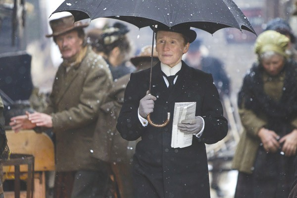 DROPLET Glenn Close is the big name, but Janet McTeer steals the show in 'Albert Nobbs.'