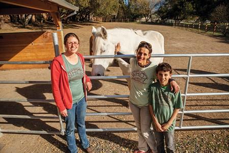 Elli Rose, Wendy Gelsman, and son, Eli. - SARA SANGER