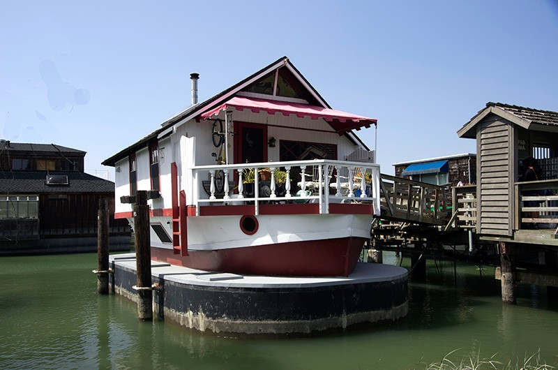 FLOATING HOMES Sausalito's famed houseboats open to the public Sept. 20.