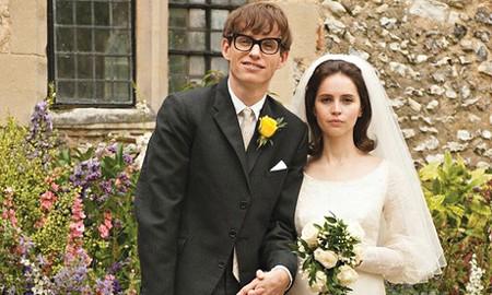 I HAVE A THEORY Eddie Redmayne channels Stephen Hawkings' gentle humor in new James Marsh biopic.