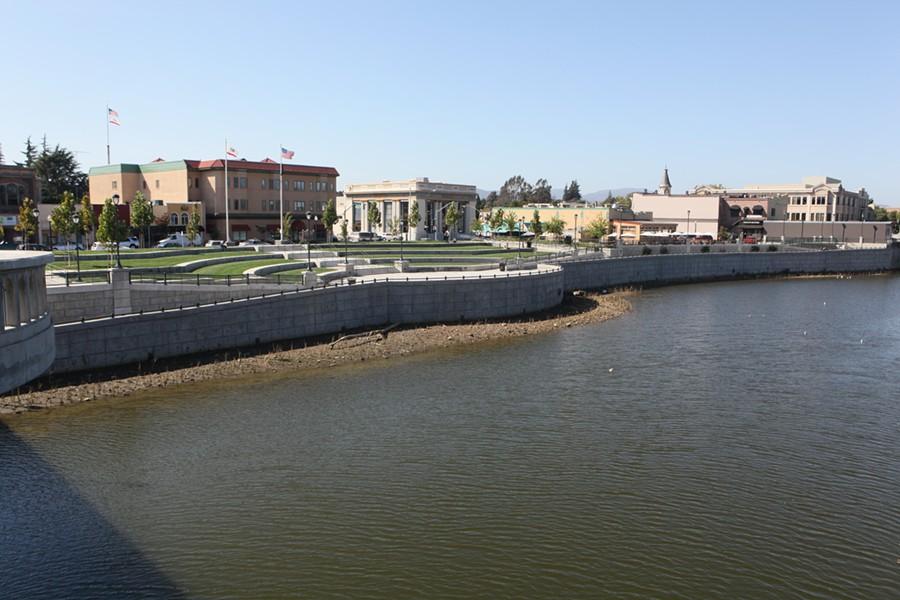 napa_river_floodwall_usace.jpg