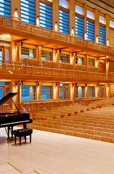 NEW DIGS, INDEED The concert hall at the Green Music Center is inspired by Tanglewood, in Massachussetts.
