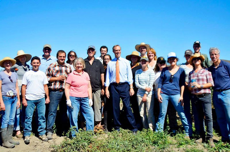 PRODUCE FOR ALL Rep. Jared Huffman visits Bloomfield Farms for a gleaning session organized by CropMobster. - CROPMOBSTER.COM