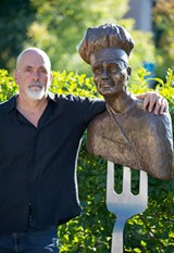 """MARS LASAR - Sculptor Lorenzo Mills with his work """"The Chef"""" at Yountville's Art, Sip & Stroll"""