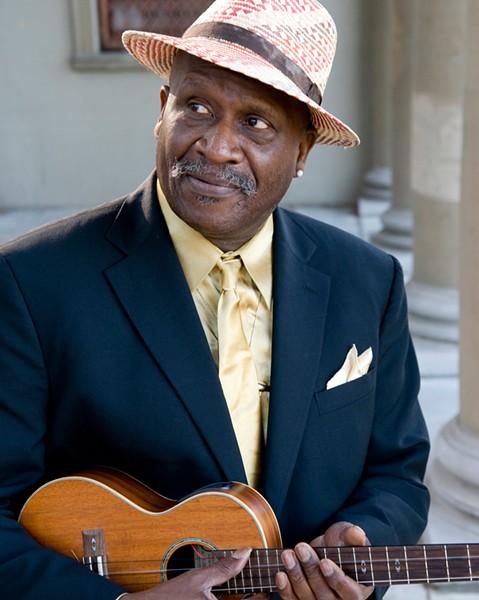 Señor Blues Bridging the gap from the Summer of Love: Taj Mahal.