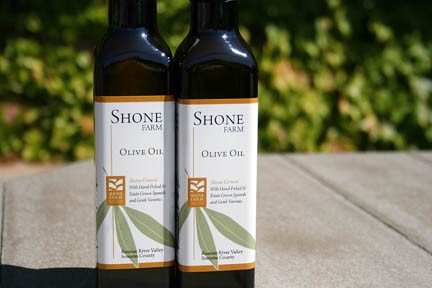 Shone Farms winning olive oil.