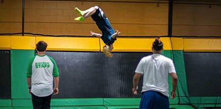 rockin-jump-trampoline-park-dublin-jump-time.jpg
