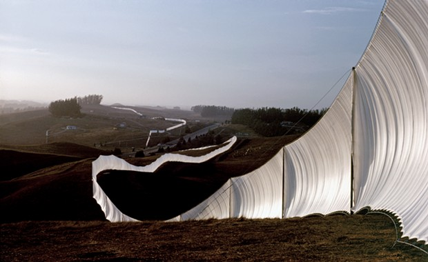Christo, Artist of 'Running Fence,' Dies at Age 84