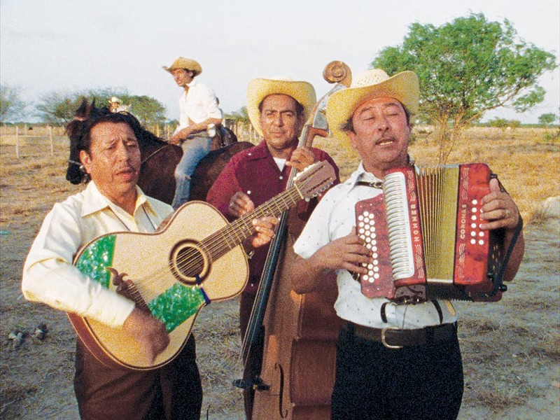 Borderlands Les Blank's 1976 documentary, 'Chulas Fronteras,' examines the exuberance of culture on the Mexcian/US line.