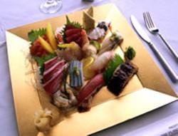 RADOK - A sparkling sushi platter at Restaurant i