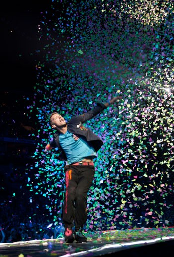 Aside from plenty of confetti, the addition of remote-controlled light-up wristbands which Coldplay gave everyone in attendance at Time Warner Cable Arena on July 3, 2012, brought audience participation to a new level.