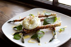 MERT JONES - Asparagus wrapped in bacon with poached egg starter