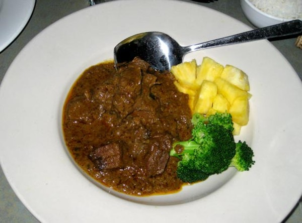 Beef Rendang - Tender pieces of beef simmered with spices and coconut milk.