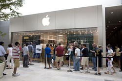 PHOTO BY ANGUS LAMOND - BEST COMPUTER STORE: Apple at SouthPark
