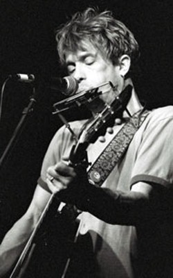 DAN RYAN - Bill Mallonee performs at the Evening Muse  on - Thursday