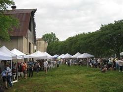 barn_sale_spring_2011_5_copy_jpg-magnum.jpg
