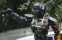 <i>Chappie</i>: Aye Yai Yai, Robot