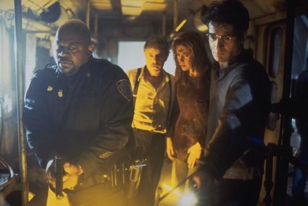 Charles Dutton, Giancarlo Giannini, Mira Sorvino and Jeremy Northam in Mimic (Photo: Lionsgate & Miramax)