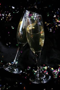 CATALINA KULCZAR - Cheers!