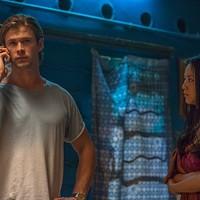 Chris Hemsworth and Tang Wei in Blackhat (Photo: Universal)