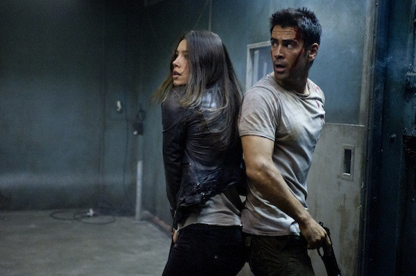 Colin Farrell and Jessica Biel in the new version of Total Recall (Photo: Sony)