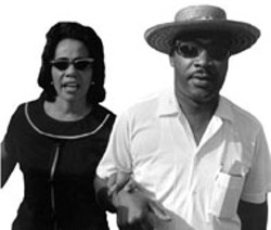 FLIP SCHULKE/CORBIS - Coretta and Martin Luther King in better times
