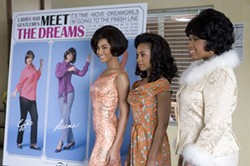 DAVID JAMES / DREAMWORKS & PARAMOUNT - COVER GIRLS Deena (Beyonce Knowles), Lorrell (Anika Noni Rose) and Effie (Jennifer Hudson) meet the press in Dreamgirls