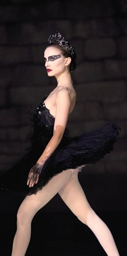 NIKO TAVERNISE / FOX SEARCHLIGHT - DANCE FEVER: Natalie Portman in Black Swan