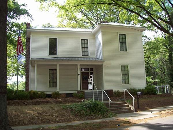Dowd House