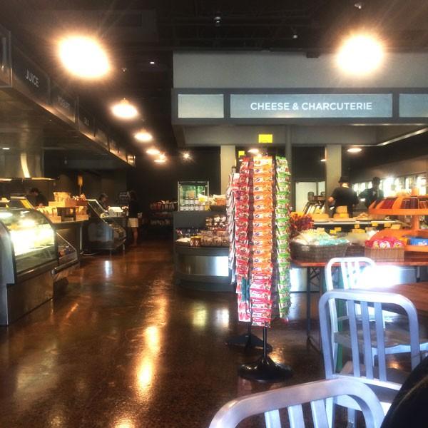 Earlsgrocery.jpg
