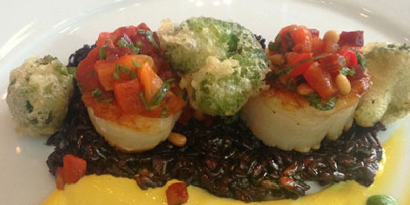 Eat This: Roasted Scallops at Halcyon