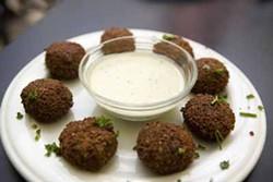 ANGUS LAMOND - EATS MEETS EAST: Falafels at Jerusalem Restaurant