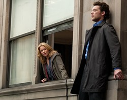 SUMMIT - Elizabeth Banks and Sam Worthington in Man on a Ledge