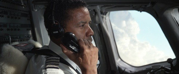 FLYING UNDER THE INFLUENCE: Whip Whitaker (Denzel Washington) tries to take control in Flight. (Photo: Paramount)